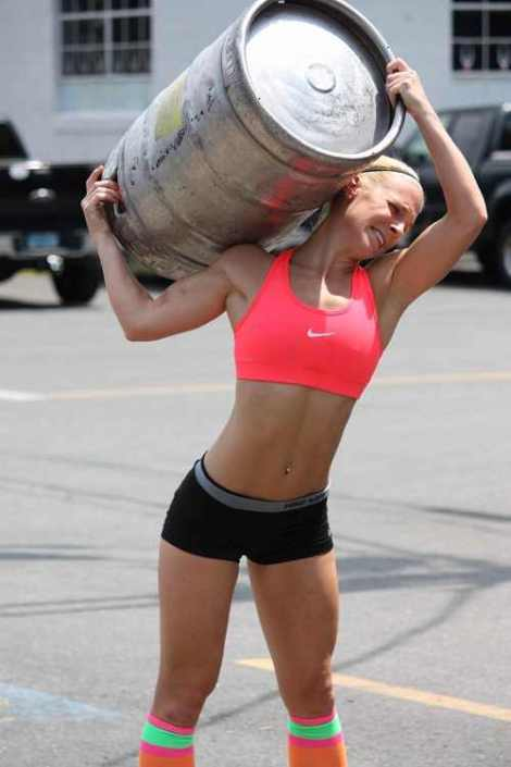wpid-crossfit-girl-beer.jpg